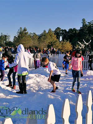 Snow play grounds woodlands texas winter